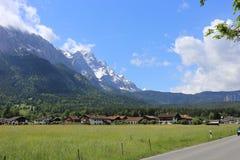 Deutsche Alpen während des Sommers Lizenzfreies Stockbild