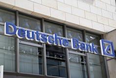 Deutsche Bank deponuje pieniądze znaka Obrazy Stock