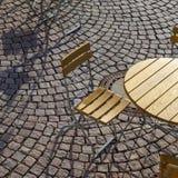 Deutsche Cafésitzplätze im Freien Stockfoto