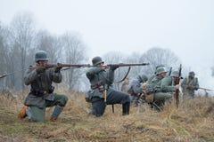 Deutsche Infanterie während des ersten Weltkriegs im Kampf Internationales Militär-historisches Festival stockfoto