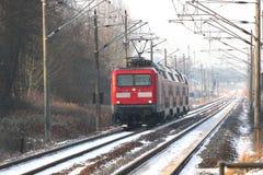 Deutsche Lokomotive im Winter Stockfotos