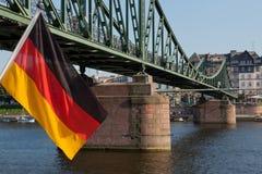 Deutsche Markierungsfahne in Frankfurt Lizenzfreie Stockbilder