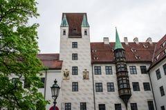 Deutsche mittelalterliche Architektur in M?nchen stockfotos