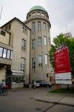 Deutsche Museumstreppe zu den verschiedenen Böden stockfotografie