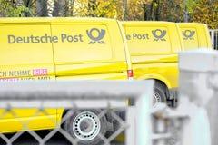Deutsche Post-auto's stock afbeeldingen