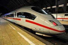 Deutscher Hochgeschwindigkeitszug Stockbild