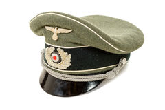 Deutscher im zweiten Weltkrieg Deutsche Offizieruniformschutzkappe Stockbilder