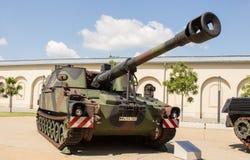 Deutsches gepanzertes des Militärbehälters - Haubitze 2000 Stockfotografie