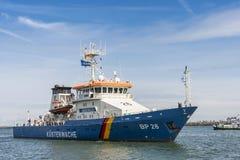 Deutsches Küstenwache-Schiff BP26 Eschwege Warnemà ¼ nde lizenzfreie stockbilder