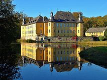 Deutsches Wasserschloss Schloss Dyck stockbilder