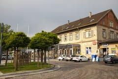 DEUTSCHLAND - 30. Mai 2012: Altes Haus in der Stadt im Bayern, Deutschland Lizenzfreies Stockfoto