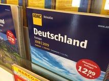 Deutschland-Reise-Atlas redigiert durch ADAC Stockbild