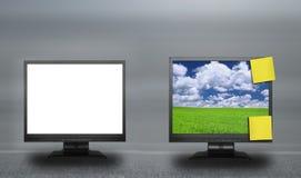 Deux écrans d'affichage à cristaux liquides sur le fond abstrait images libres de droits