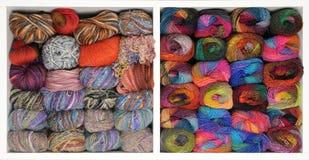Deux étagères avec le fil à tricoter Images stock