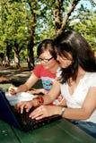 Deux étudiants féminins. Images libres de droits
