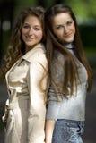 Deux amies Photographie stock libre de droits