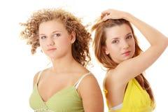 Deux amies de l'adolescence Images stock