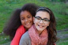Deux amies heureux Photos libres de droits