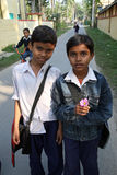 Deux amis allant à l'école Photographie stock