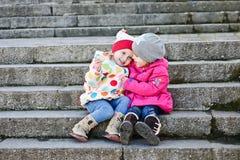 Deux amis d'enfant en bas âge Images stock