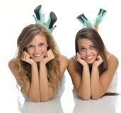 Deux amis féminins mignons Photo stock