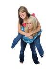 Deux amis posant ensemble Photo stock