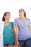 Deux amis riant dehors Photos stock