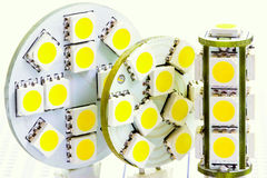 Deux ampoules plates et une ampoule cylindrique G4 de DEL de DEL Image stock