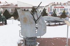 Deux-arme à feu 14 unité marine 2M-7 de la turbine 5-millimètre dans le musée du ` complexe commémoratif de Krasnaya Gorka de ` d photo stock