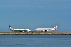 Deux avions Photo stock