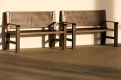 Deux bancs vides Photographie stock libre de droits
