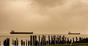 Deux bateaux en mer Photos libres de droits