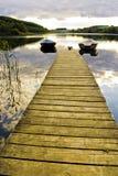Deux bateaux sur le lac Photos stock