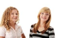 Deux belles amies de l'adolescence blondes Photos stock
