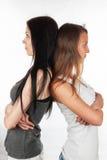 Deux belles amies de ressentiment et de querelle Photographie stock libre de droits