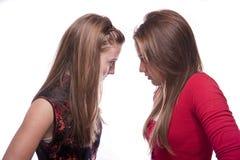 Deux belles jeunes adolescentes Photographie stock