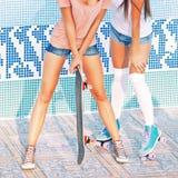 Deux belles jeunes filles Photographie stock