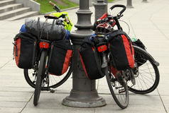 Deux bicyclettes photos stock