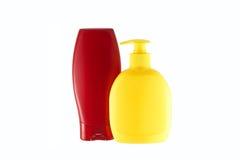 Deux bouteilles de produits d'hygiène Image libre de droits