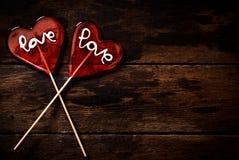 Deux bruits de sucette de forme de coeur Photo libre de droits