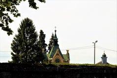 Deux chapells sur le cimetière Photos stock