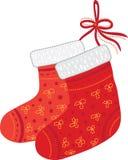 Deux chaussettes rouges de Noël Photo stock