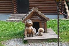 Deux chiens de sentinelle images libres de droits