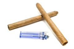 Deux cigares et allumeurs cubains Image libre de droits