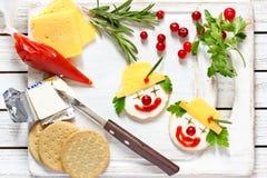 Deux ckrakers de fromage Photographie stock