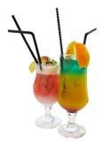 Deux cocktails décorés de la pomme et de la menthe d'agrume d'isolement plus de Images stock