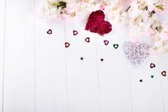 Deux coeurs et fleurs Image stock