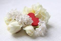 Deux coeurs Je t'aime Roses blanches Images libres de droits