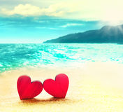Deux coeurs sur la plage Photo stock