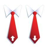 Deux cravates d'homme d'affaires avec des symboles de flèche. Photos libres de droits